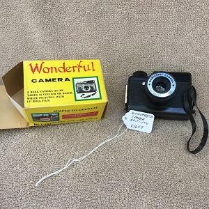 Wonderful Camera No T-104