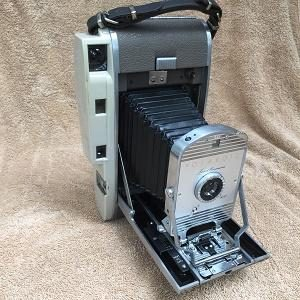 Polaroid Model 800