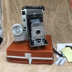 Polaroid Model 800 Kit w/flash