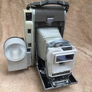 Polaroid 800 kit w/flash and photoelectric Shutter