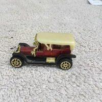 Die Cast 1906 Rolls Royce w/Top (No. 302)