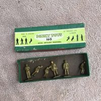 Dinky Toys 160 Royal Artillery Personnel (1939-1955)