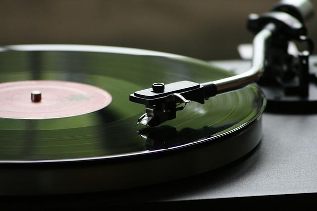 Records & DVD