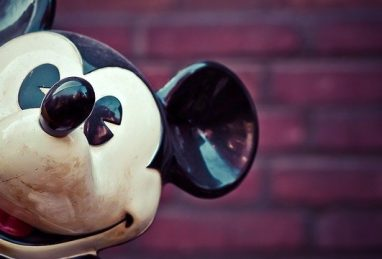 mickey-mouse-1286472_640